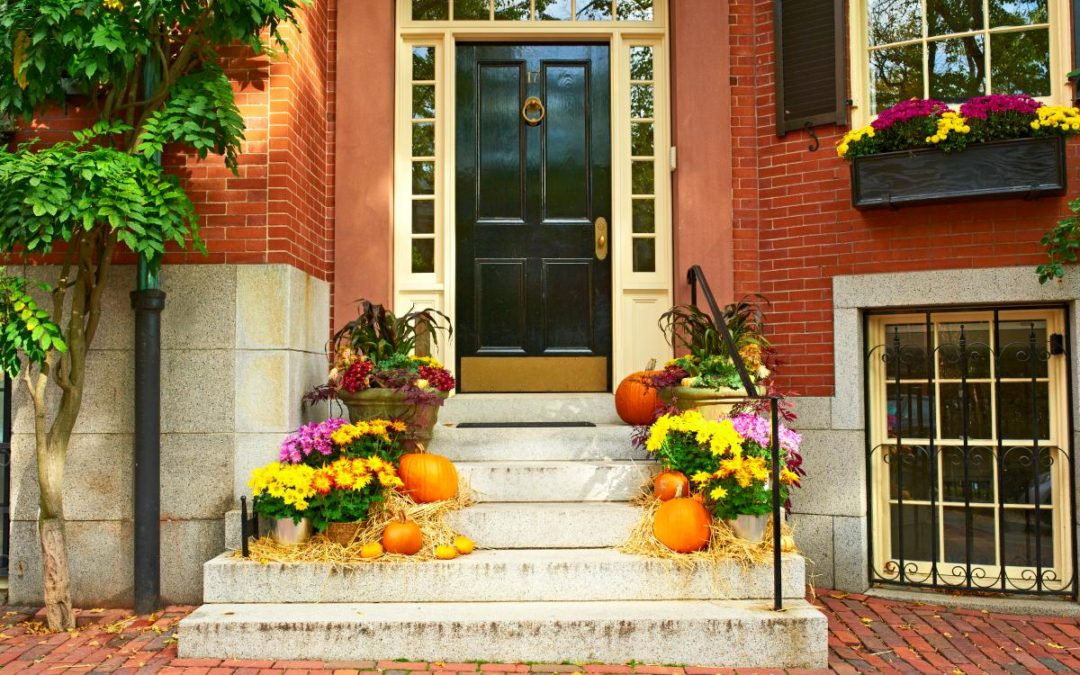 Decorating Your Home For The Fall: Exterior Edition