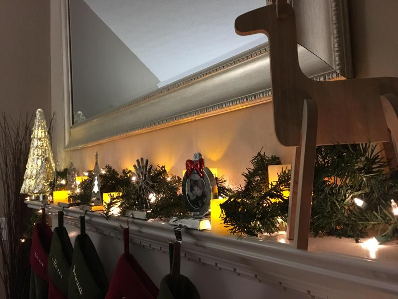 decorate the perfect holiday mantel